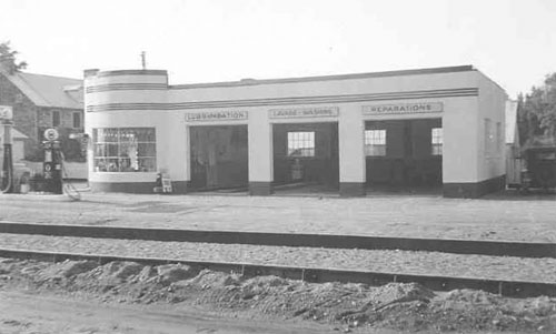 GarageBARichelieu1930.jpg
