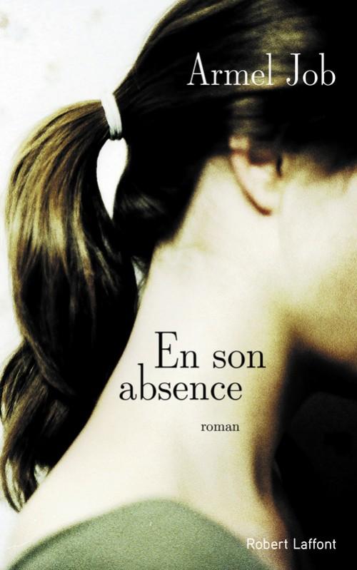 En son absence