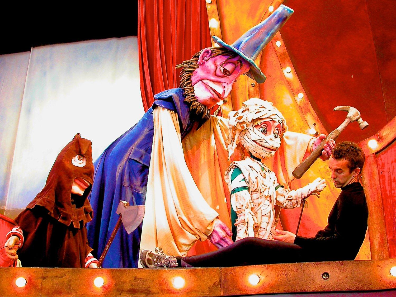 theatre-de-la-dame-de-cœur-voleur-1_01-3